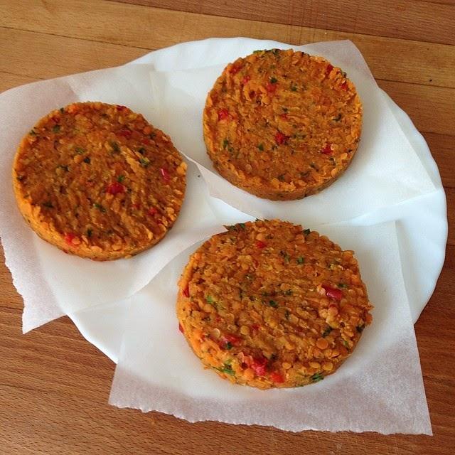 hamburguesas De Lentejas Rojas Y Verduras