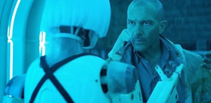 Antonio Banderas encara um rebelião de robôs no trailer da ficção científica AUTOMATA