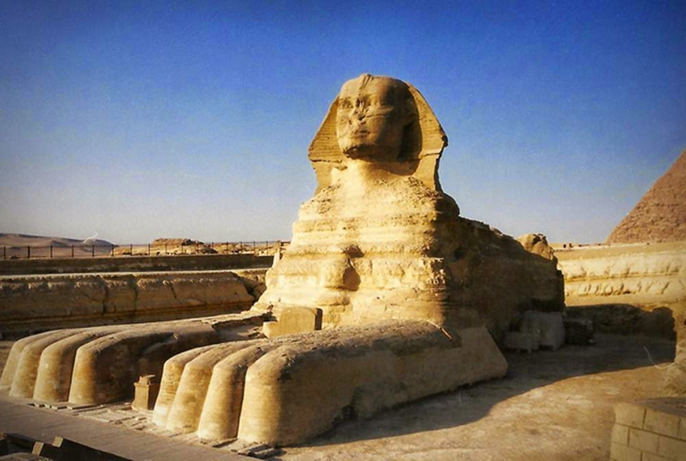 the mysterious great sphinx of giza essay An outline of ancient egyptian history print as the great god and has the right to of saqqara and the three's greatest pyramid of giza about.