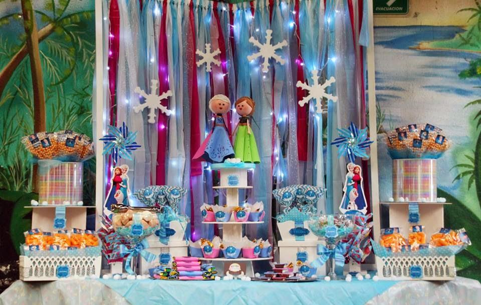 mesa de dulces frozen de okmira