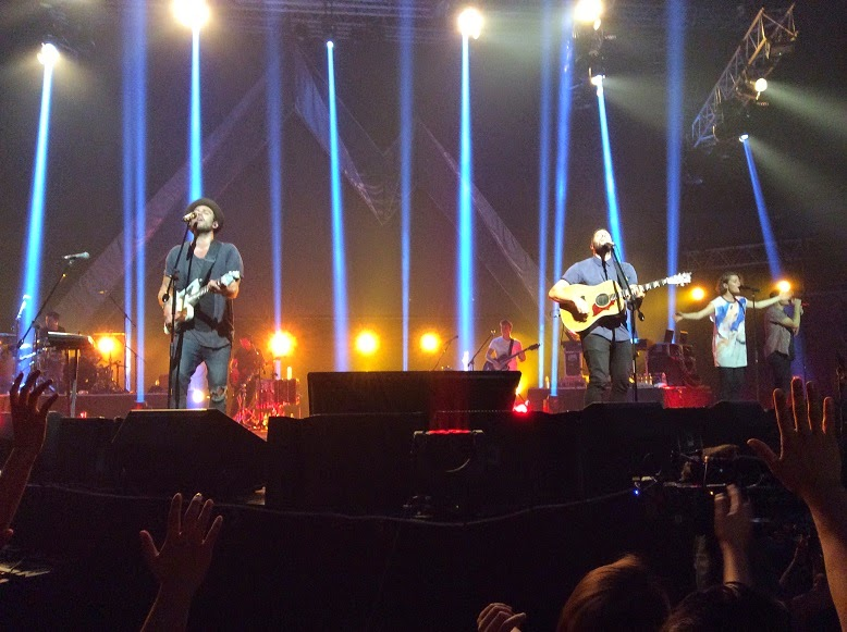 Joel Houston and Jad Gillies Live in Manila 2014