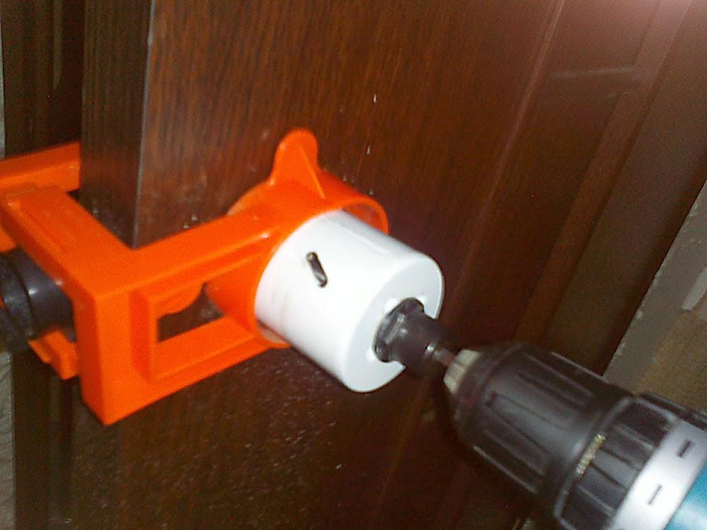Как установить дверную ручку