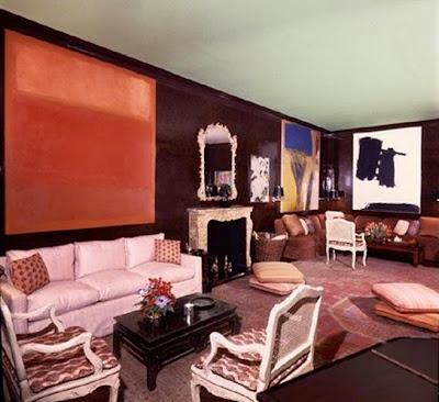 Репродукция Ротко в интерьере гостиной
