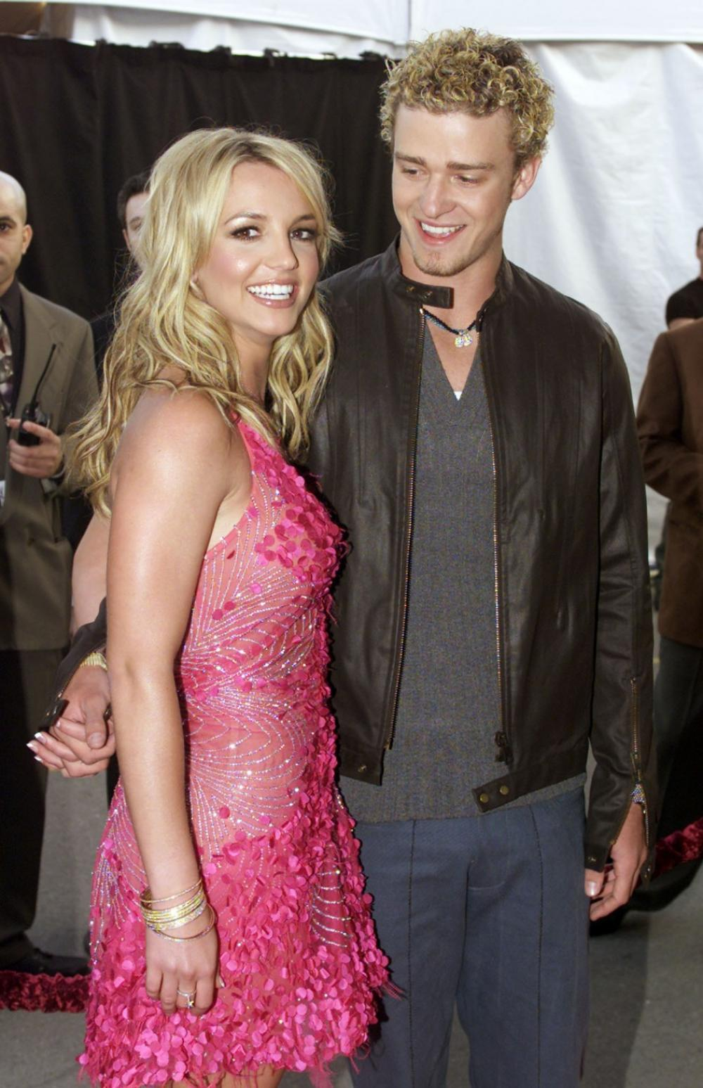 britney spears britney spears with justin timberlake pics. Black Bedroom Furniture Sets. Home Design Ideas