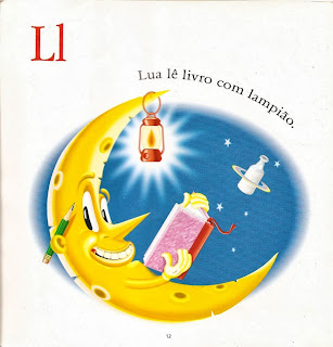Lua lê livro com lampião
