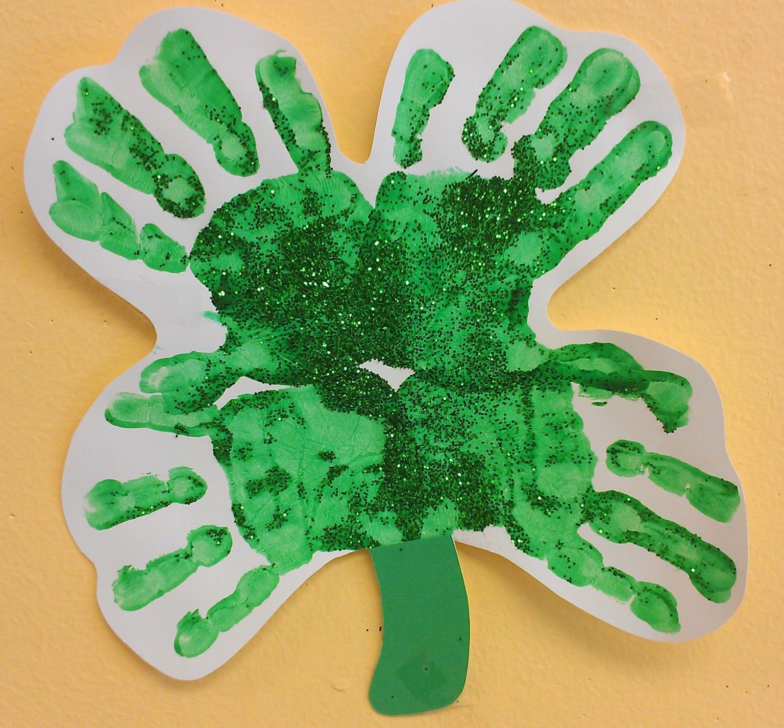 Preschool ideas for 2 year olds st patrick 39 s day for Arts and crafts for 2 year olds