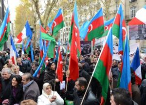 Azeri Türklerinden Ermenistan Protestosu / Paris