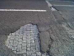 Grupo Facebook 'Os buracos das ruas de Lisboa' (asfalto e passeios)