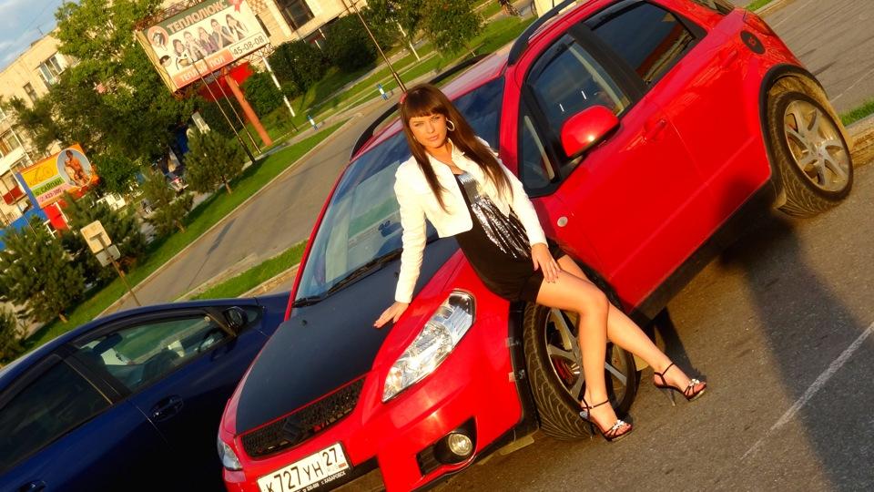 Suzuki SX4, zdjęcia, galeria, kobieta i samochód