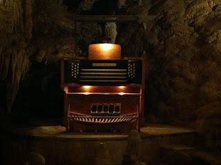 stalacpipe organ