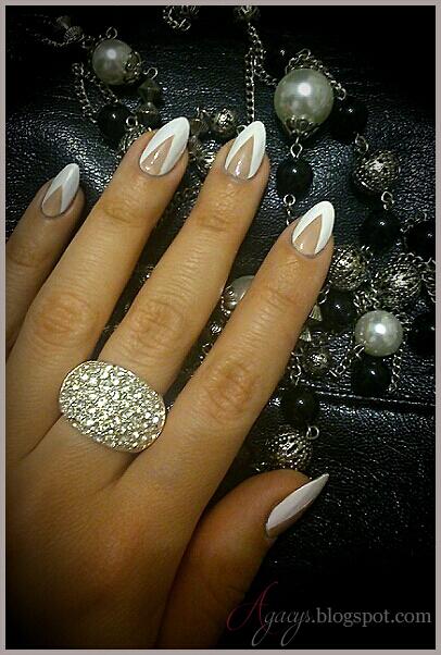 http://agacys.blogspot.com/2015/01/white-beige.html