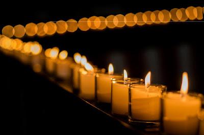ambient light, jenis cahaya dalam fotografi, candle light