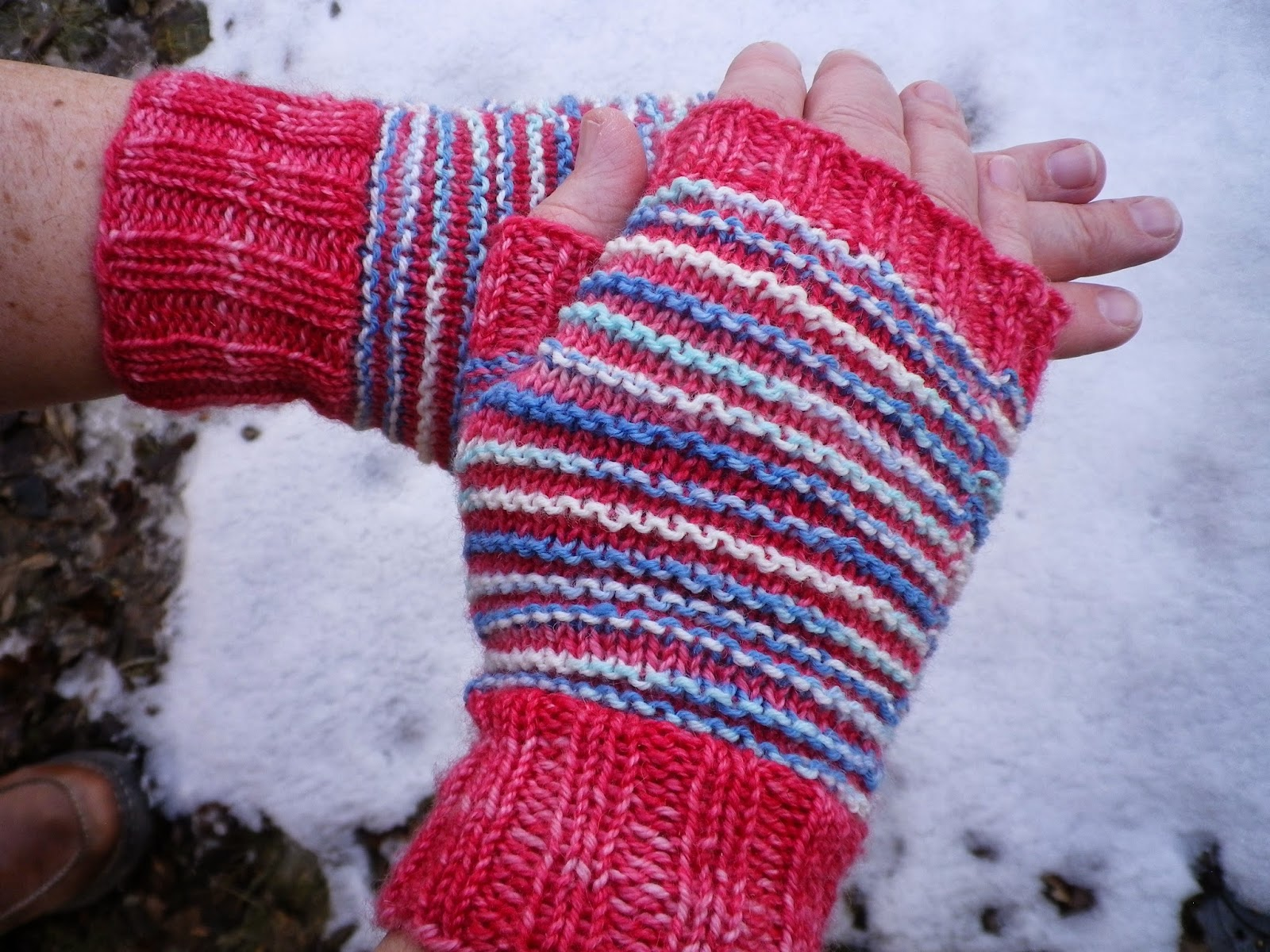 Oak Leaf and Fingerless Mitts hand knit by Feather of Crescent Moon Collective