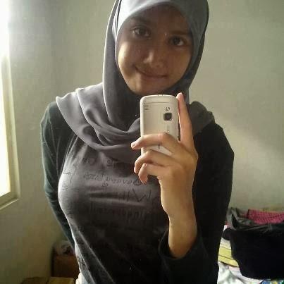 Cantik Muslimah melayu bogel.com