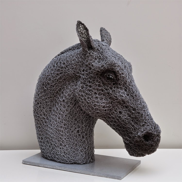 11-Horse-Head-Kendra-Haste-Galvanised-Wire-Animal-Sculptures-www-designstack-co
