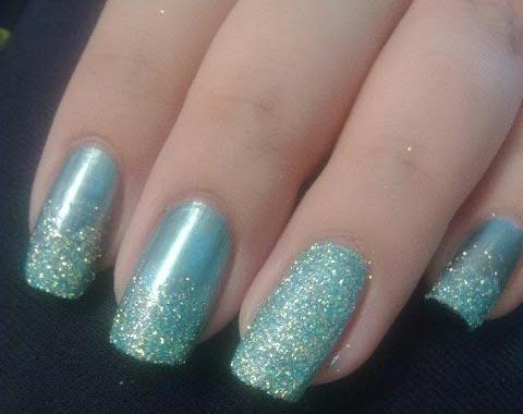 Tutorial nail art elegante con smalto a specchio e glitter - Nail art a specchio ...
