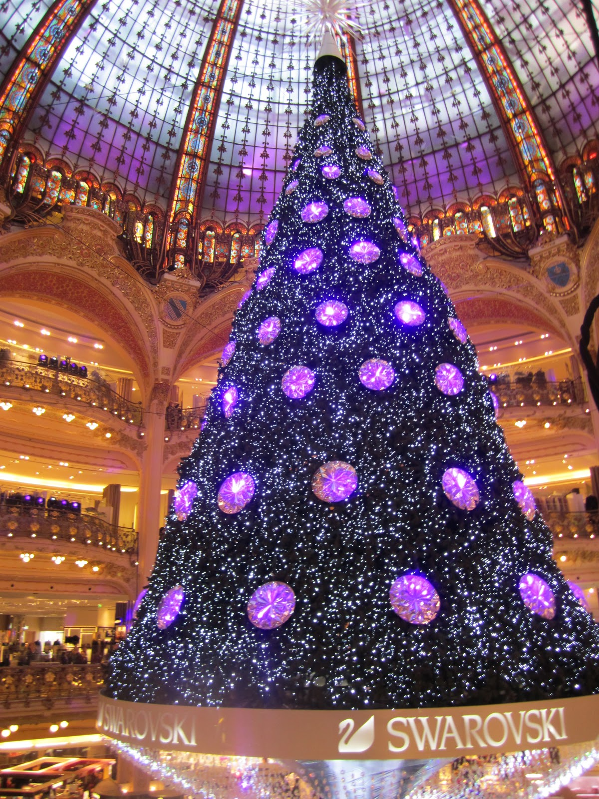 Dreaming amp; Tree Lafayette Galerie France Chocolate Of Christmas Croissants