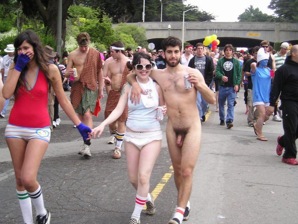 Clothed versus nude | literaturaparaciegosgirl