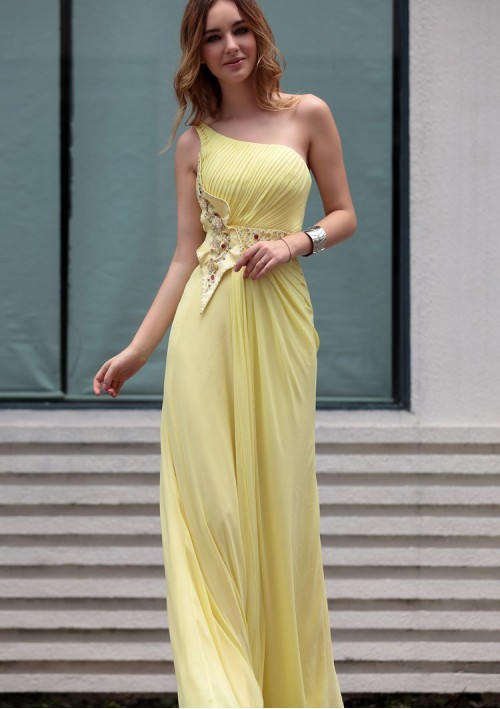 one-shoulder prom dresses
