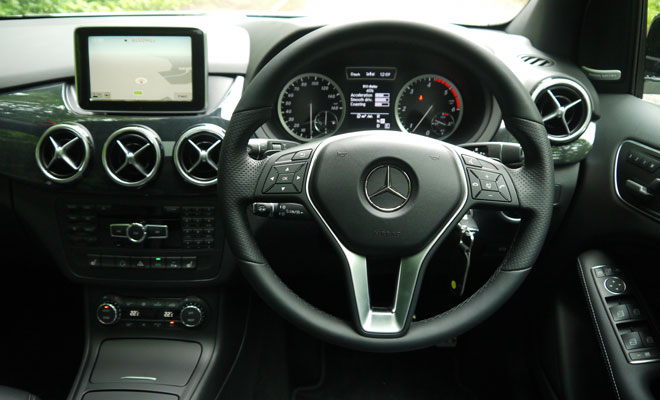 Mercedes-Benz B-Class cockpit