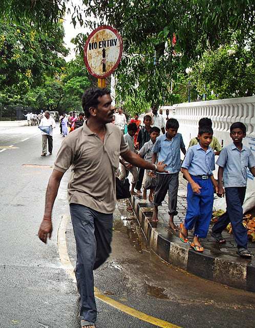 school children on outing