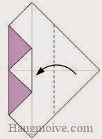 Bước 4: Gấp góc phải tờ giấy vào trong sau đó lại gấp ra ngoài.