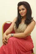 Revathi Chowdary sizzling Photos-thumbnail-19