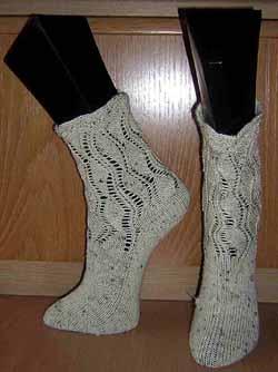 Socken%2B08-11%2BBlattmuster%2BGr%2B39%2B-%2B01.JPG