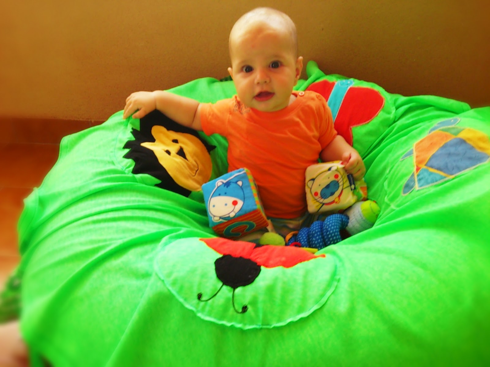 Piti Kukkua: Sewing: Inflatable Play Donut for Baby