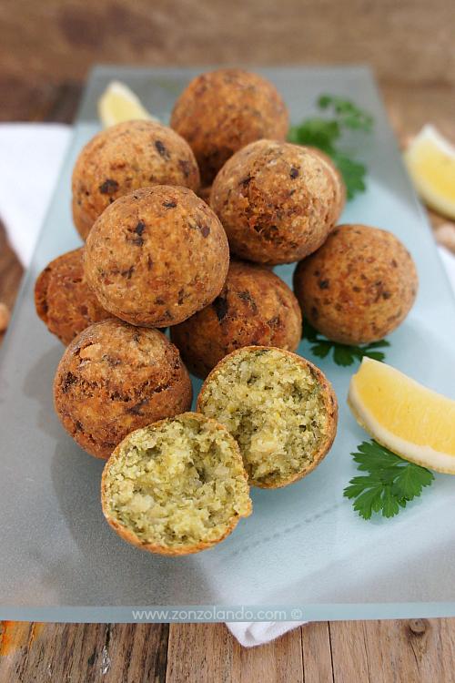 Falafel fatti in casa buonissimi e come quelli veri ricetta tradizionale polpette di ceci - chickpeas balls ultimate vegan recipe