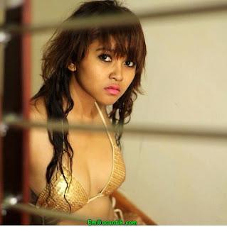 Gadis Cantik dan<a href='http://www.dikubu.com/'><a href='http://www.dikubu.com/'> SEKSI</a></a> Made in Bali