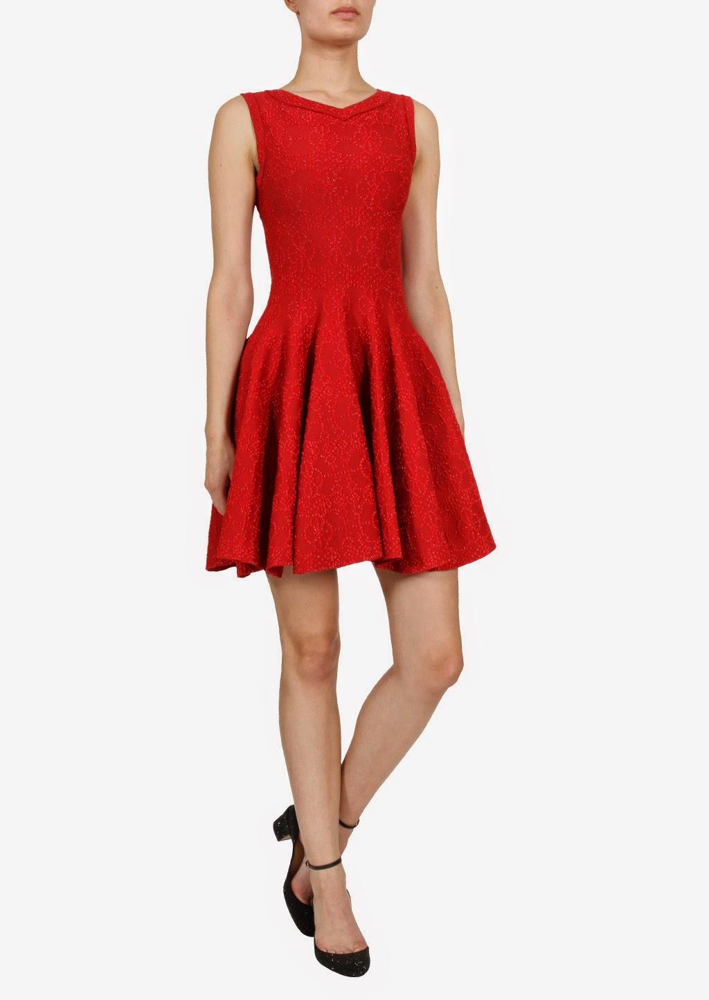 maidens blush la petite robe rouge. Black Bedroom Furniture Sets. Home Design Ideas