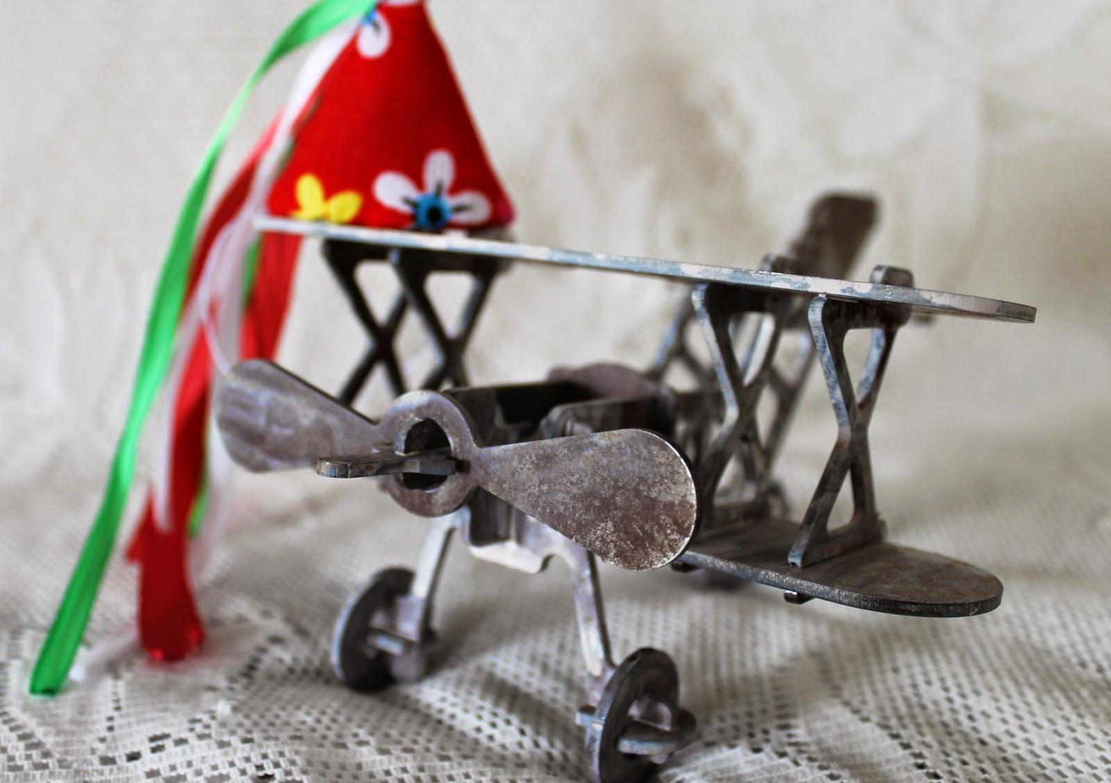 Металлический самолет ручной работы