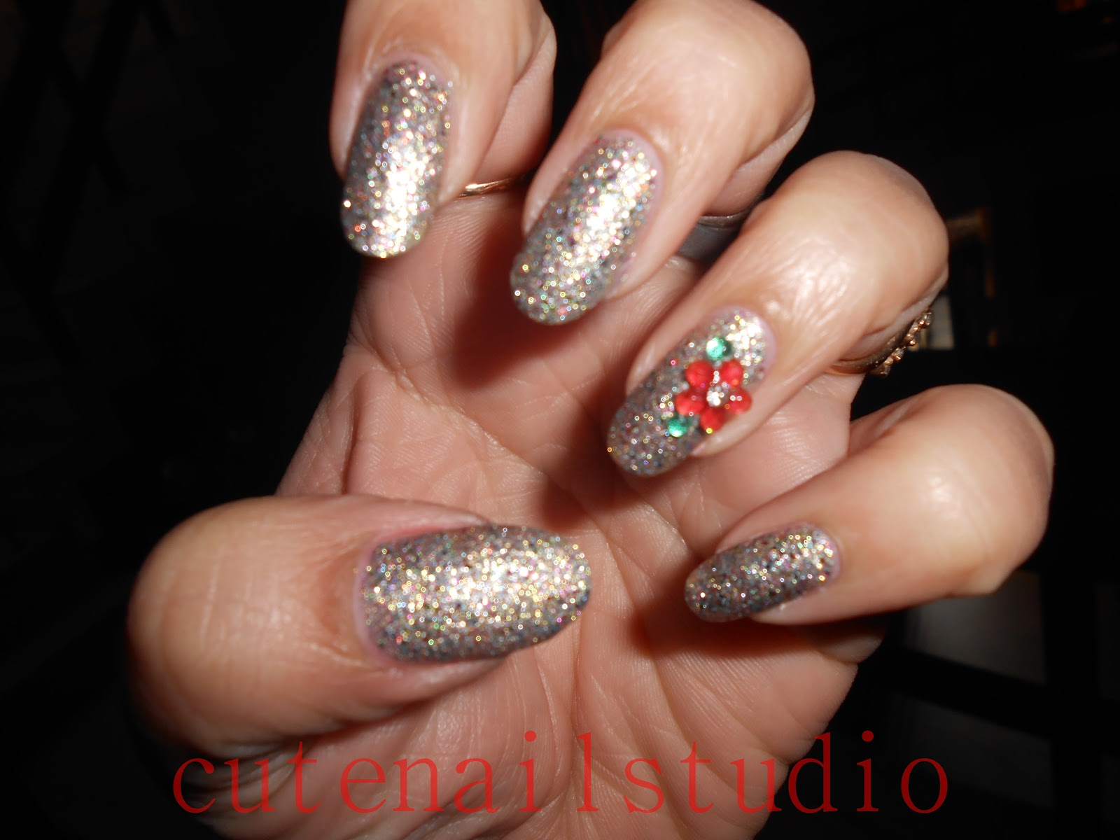 Cute nails: Christmas nail art challenge: day 8: new year eve.
