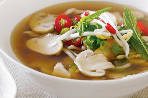 Bahan dan Resep Sup Jamur Spesial Kuah Kaldu Ayam dan Rempah
