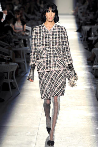 Couture Fall 2012: Chanel