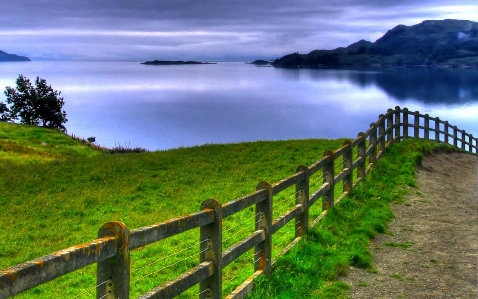 http://4.bp.blogspot.com/-yLo6BUWEJYs/TykYJGuHq7I/AAAAAAAAAyM/DhVt8HZkUEs/s1600/green_sea_view-wide.jpg