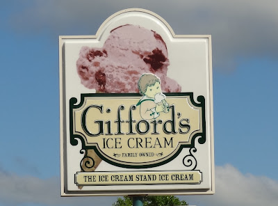 Gifford's Ice Cream Stand,Bangor,Maine,Broadway,sign