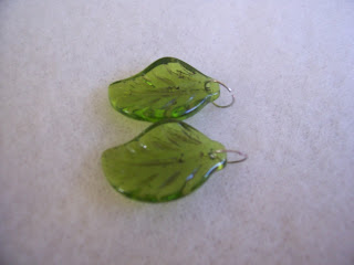 Leafy Green Earrings Tutorial