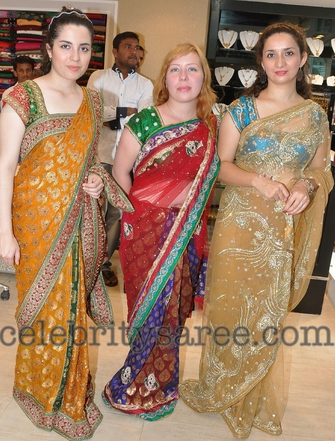 Half Saree Designers in Hyderabad http://www.celebritysaree.com/2012/10/hyderabadi-boutique-saris.html
