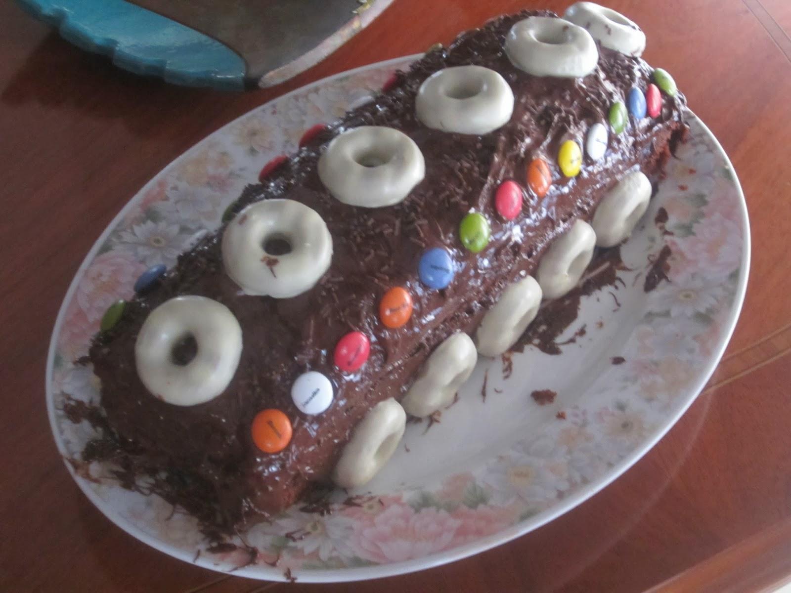 Bizcochos de chocolate para cumplea os de ni os la for Cumpleanos cocina para ninos