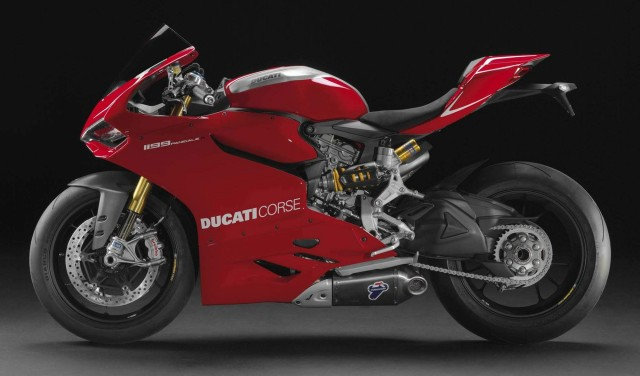 moto Ducati 1199 Panigale R 2013 Video Oficial