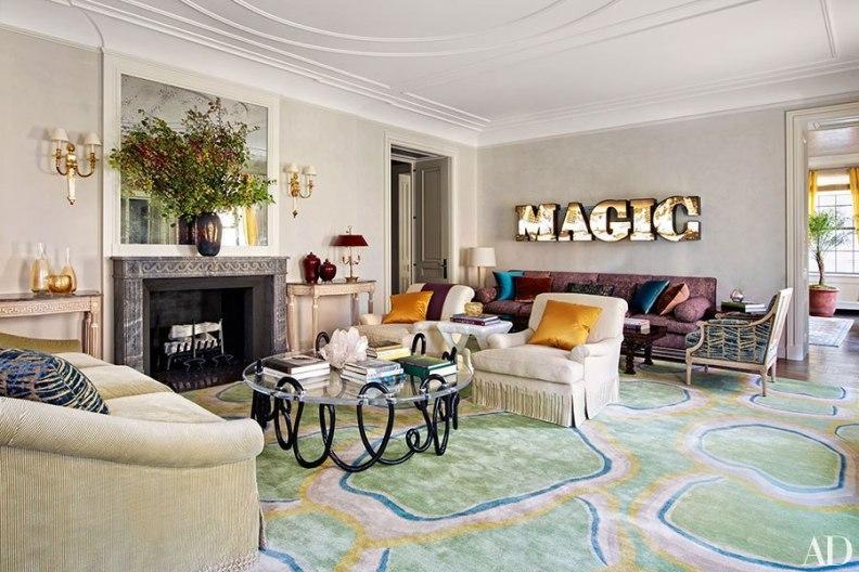 casa de lujo decorada con una mezcla de estilos un tanto singular