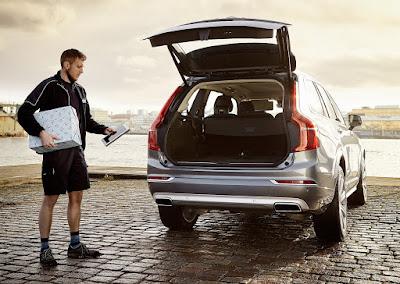 Η Volvo παρουσιάζει τεχνολογία για παράδοση προϊόντων από online αγορές στο αυτοκίνητο χωρίς να είναι αναγκαία η παρουσία του οδηγού/ιδιοκτήτη