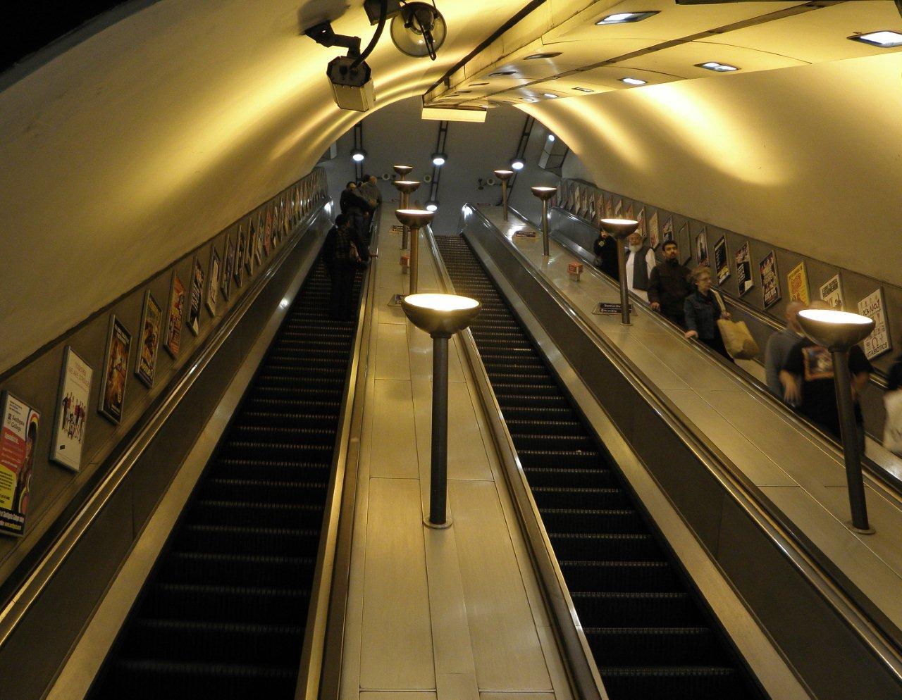 zelo street underground is 150 take 3. Black Bedroom Furniture Sets. Home Design Ideas