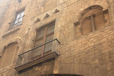 House built inside the Barcelona Roman wall