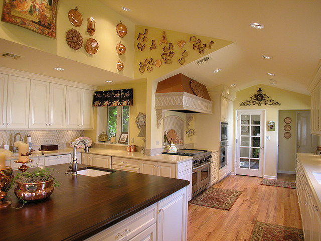 decorating tips ideas for a country kitchen color scheme