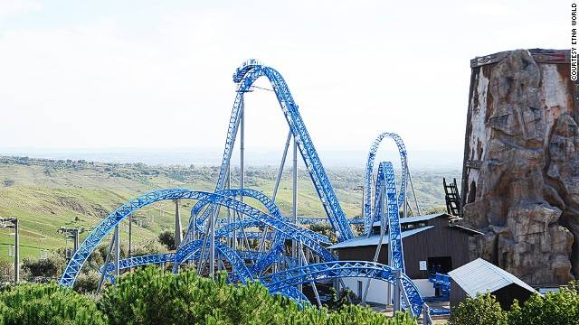 The Storm is a 105-foot (32-meter) coaster with a 70-degree drop and a heartline roll (aka barrel roll), meaning the track twists 360 degrees around the train.