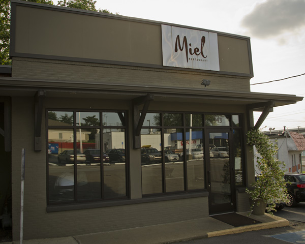 French restaurant Miel in Nashville Tennessee
