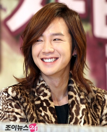 Long Hairstyles✿Jang Geun Suk